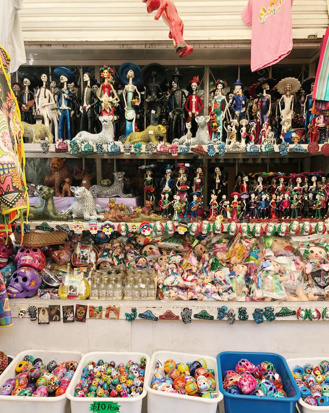 Mexico City Travel Guide | The best of Mexico City with what to do, see and eat during a long weekend in CDMX.